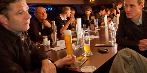Stammtisch - Erstes Osnabrücker Mediencafé in der Lagerhalle