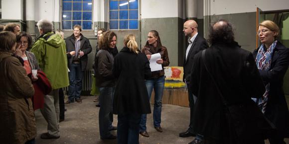 Heute wird über Möglichkeiten einer Umnutzung als Werkstatt, Ausstellungs- und Proberaum oder gar Konzertbühne nachgedacht- Zwangloses Treffen im Wasserturm Osnabrück